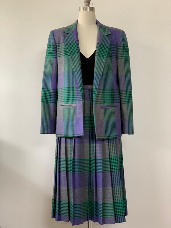 Vintage Purple, green, grey plaid blazer and pleat