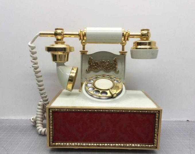 Vintage Deco-Tel Rotary Telephone DAG 1440W