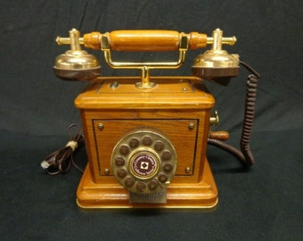 Country Classics SW2508 Collector's Telephone