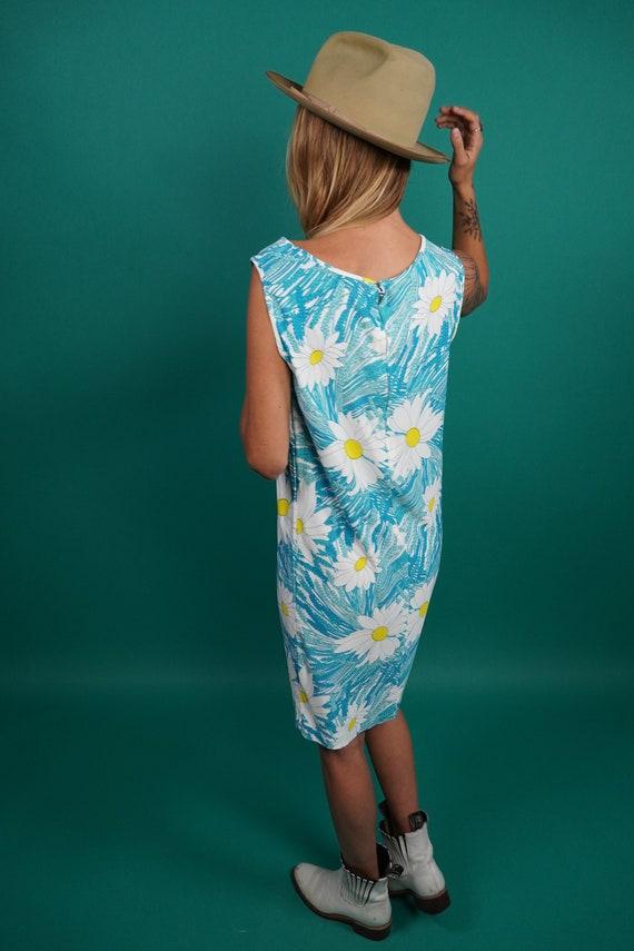 60s Vintage Mod Daisy Shift Dress, Twiggy Dress, … - image 6