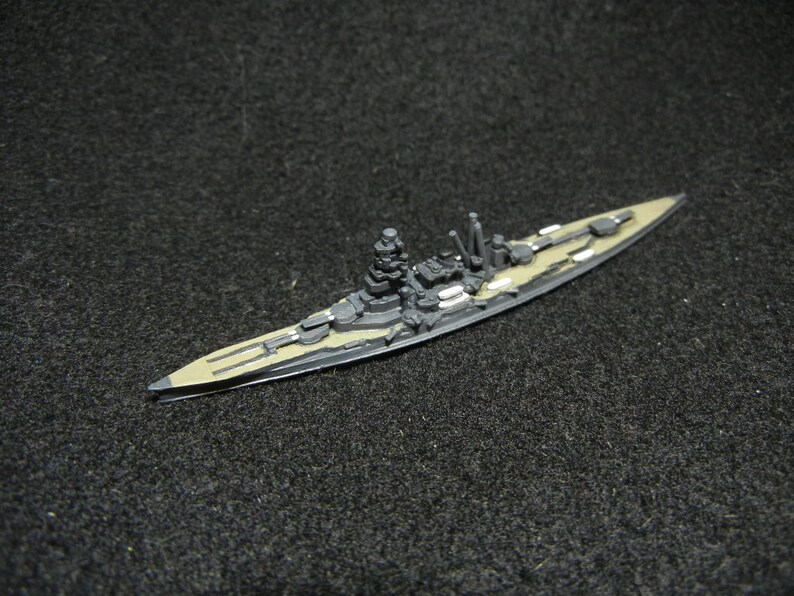 Custom Painted 12400 Japanese Battleship IJN Haruna