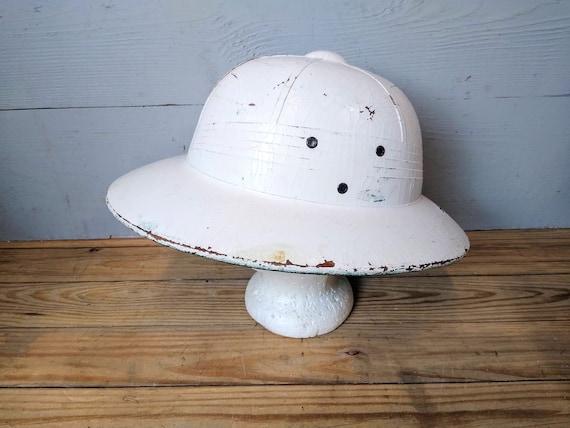 Vintage Pith Helmet Safari Hat | Explorers Hat | A