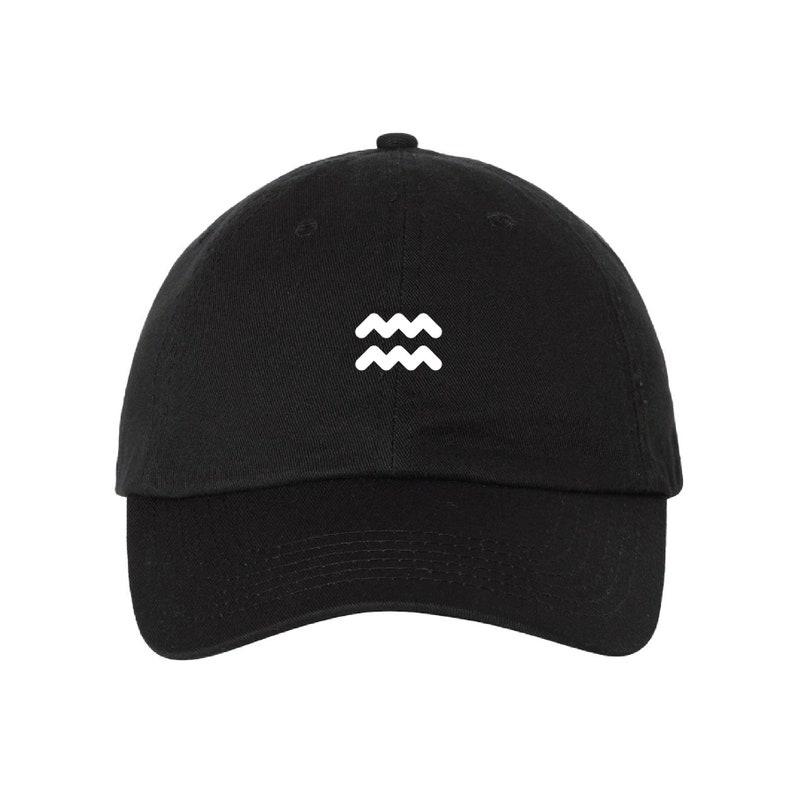 Gift Aquarius Minimalistic - Cap Baseball Hat Horoscope Symbol Dad Cap Trendy Astrology Quote Zodiac Baseball Cap