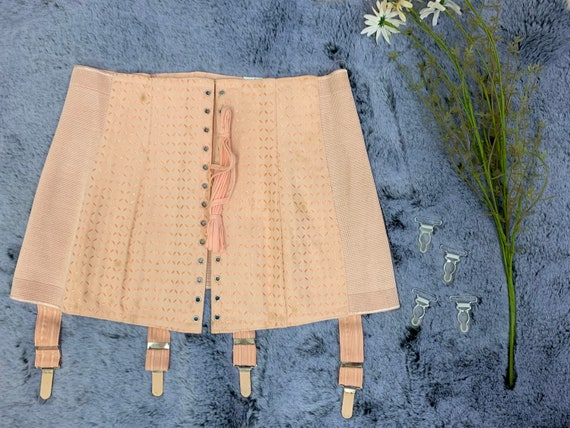 Stunning Vintage French 1940s / 1950s Corset Girdl