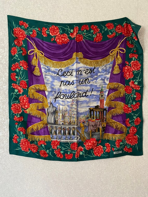 Moschino scarf vintage