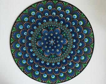 hand-painted mandala record, point painting on vinyl, dot art gift, wall art, meditation, anti-stress, unique piece, yoga
