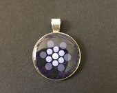 Round resin pendant with point painting mandala, optionally with chain, purple, gray, gift, yoga