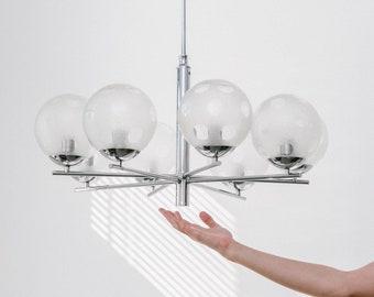 Richard Essig Sputnik chandelier from Space Age Panton era of the 70s
