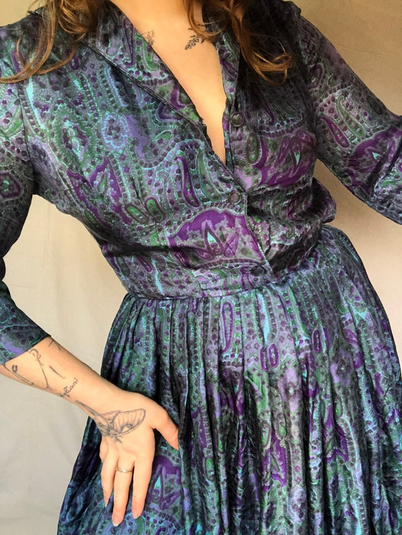 Sz S 1950's Silk Fit and Flare Paisley Dress