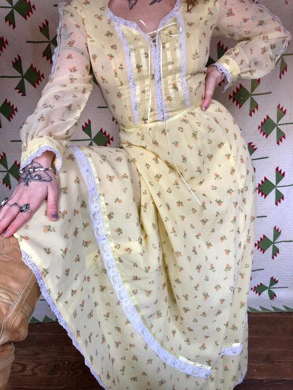 Size S 1970's Gunne Sax Style Prairie Dress