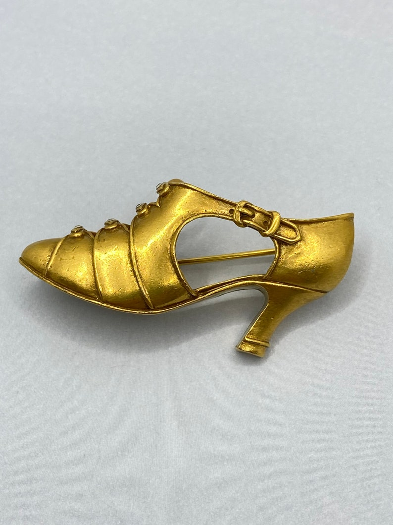 Vintage INDIE 70s MMA Marked Victorian Shoe Clear Rhinestone Inlay Laces Metropolitan Museum of Art Pin by Strange Times Chicago