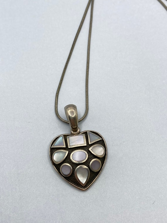 Silver 925 Bow Pendant with Mother of Pearl 1990s