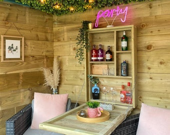 The Lilly Garden wall Bar