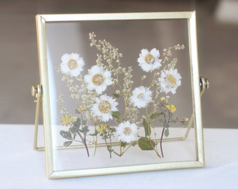 floral composition dried flowers CDR191821 Tray frame pressed flowers flowered frame