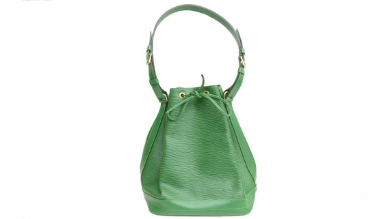 Authentic Louis Vuitton Epi Noe GM Green Leather S