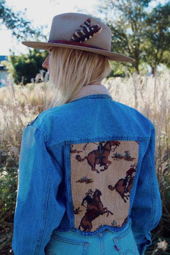 "SOLD* 1980s Hand Embroidered ""Bandida"" Denim Jacke"