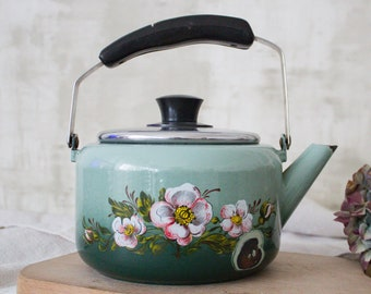 vintage kettle antique kettle aluminum kettle kitchen kitchen decor USSR tea kettle USSR tea Kettle kettle teapot vintage crockery