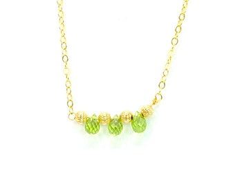 Peridot Necklace on 14K Gold Filled Chain, Jewelry Gift for Her, Wife Gift, Valentine Gift for Her, Gift for Daughter, Birthstone Jewelry