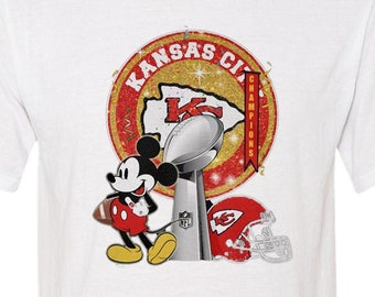 best seller unisex graphic tshirt Kansas City Chiefs Ships within 24 hours - Soft men/'s women/'s Mickey Mouse Super-Bowl Champions