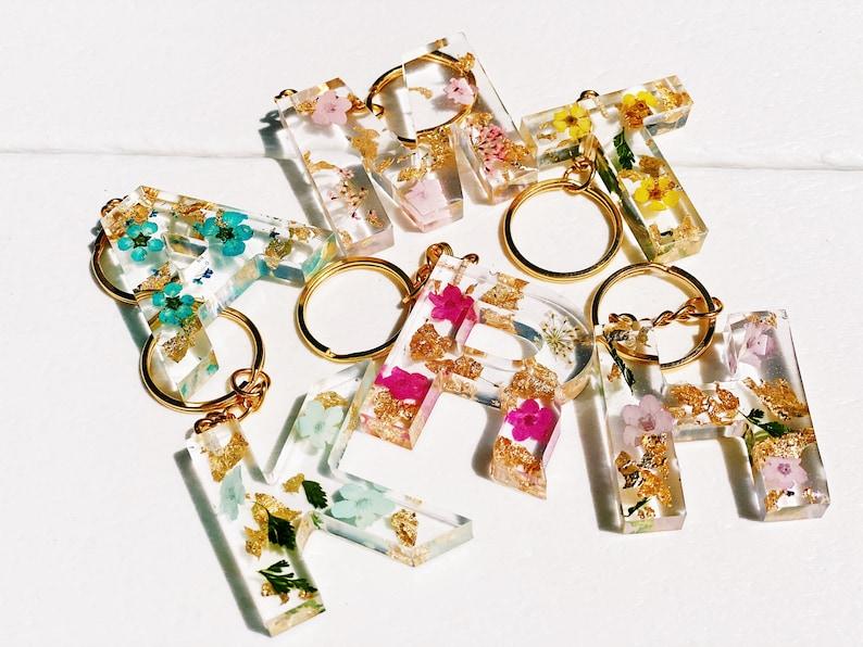Custom Handmade Real Flower Resin Letter Keychain  Assorted image 0