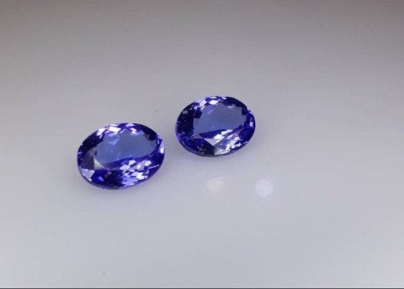 DEEP Color Tanzanite Faceted Pears 6x8 mm Price per piece. Size SELECT Size Eye Clean to Loupe Clean Quality