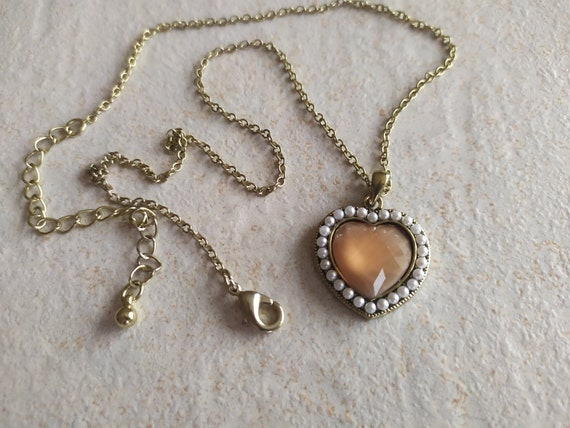 Lovely Pink Heart Necklace | Iridescent Heart Neck