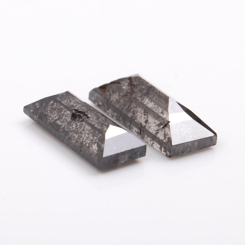 2 pcs 0.35 CT 4.6 To 4.9 MM OM41110 Salt And Pepper Baguette Cut Minimal Diamonds Best Price Diamonds Engagement Ring Jewelry Diamonds