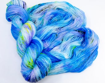 Pool - Hand Dyed Fingering/Sock Weight Merino Cashmere Nylon Yarn, Blue Light Purple Speckled, 435 Yards (397 Meters)