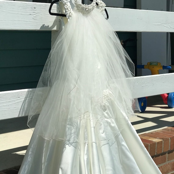 Wedding Gown - image 5