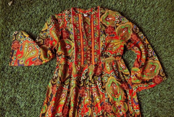 60's/70's Paisley Maxi Dress By Keyloun