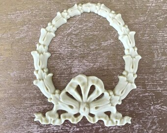 EFEX Wreath Bow, Moulding, Historic Moulding, Silicone Moulding, Embellishment , Furniture Restoration , FREE SHIPPING