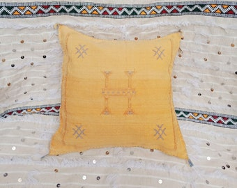 multicolored decorative cushion,hand embroidered pillow cover Decorative pillowcase handmade in Morocco perfect gift 49x48cm.