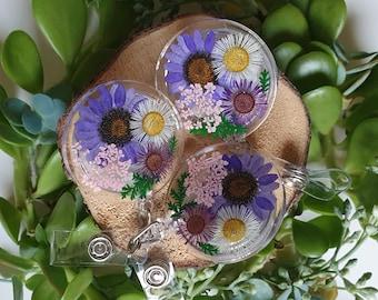 Alligator Clip Badge Reel | Pressed Flowers Badge Reel | Daisy Badge Reel| Personalized Nurse Badge Holder |Retractable Badge Reel