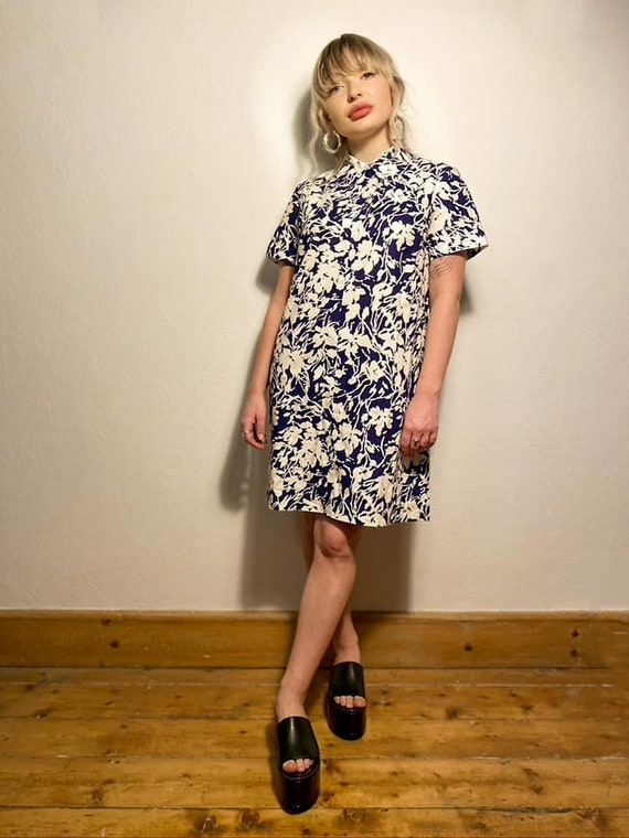 1960s Mod Floral Shift Dress