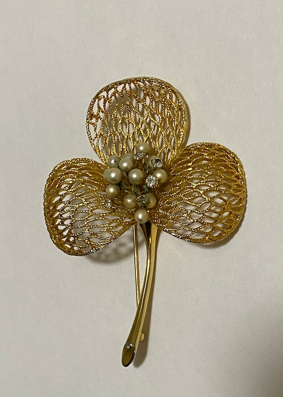 Vintage Boucher 8657P Floral Filigree Brooch