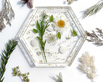 Transparent Hexagon Resin Trinket Tray - Jewelry Tray - Coaster - Pressed Flowers - Gold Flake