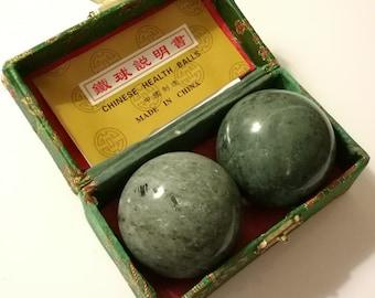 White Marble Stone Chinese Healthy Exercise Massage Baoding Balls