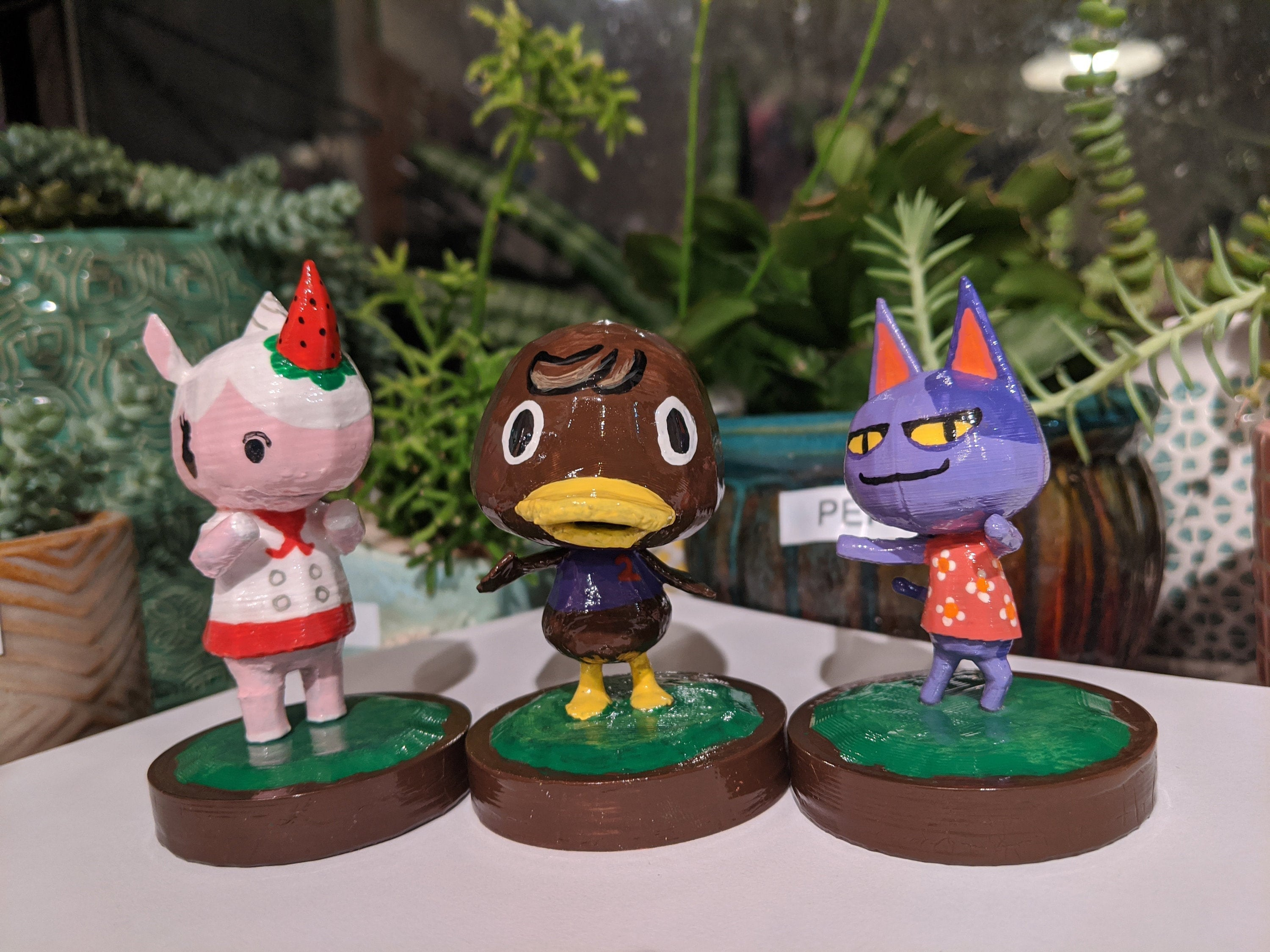 3D Printed Figure 13 colors to choose or with Amiibo Card Animal Crossing Villager Roald