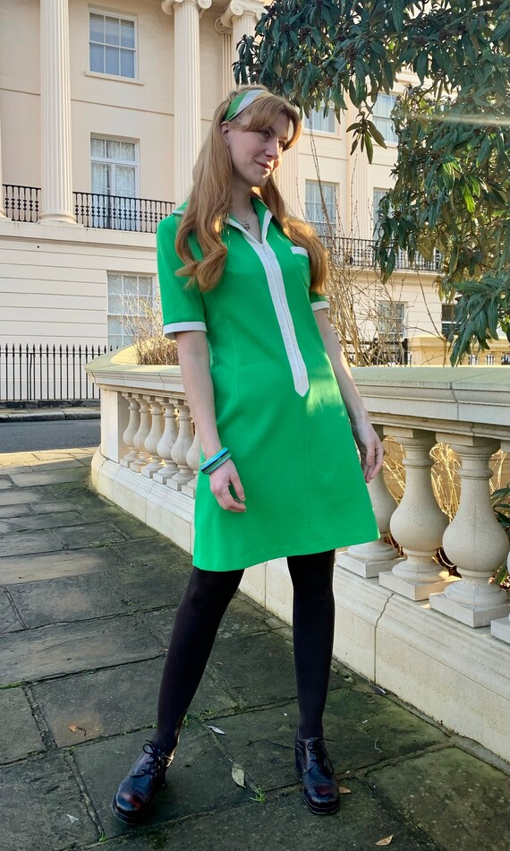 Vintage 1960s Green Mod dress