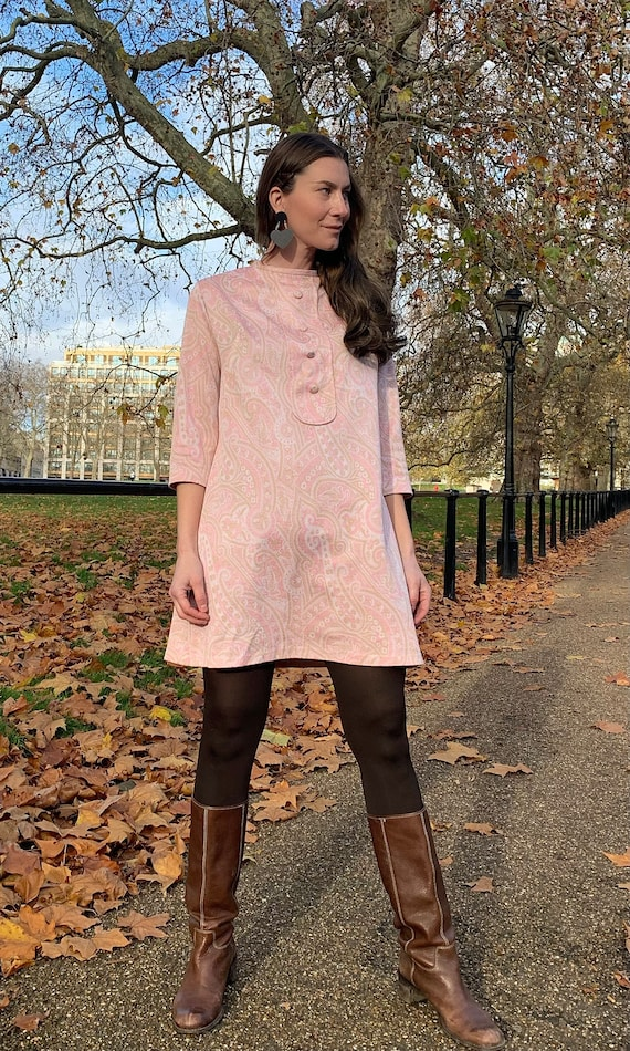 Vintage 1960s Pastel Pink Paisley Mini Mod Dress