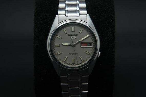 Seiko 1970s Vintage Seiko 5 Automatic Day/Date Gen