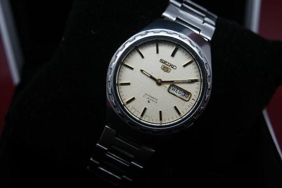 Seiko Vintage 1970s Seiko 5 Automatic Day/Date Gen