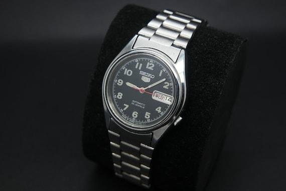 1970s Seiko Vintage Seiko 5 Automatic Day/Date Ge… - image 1