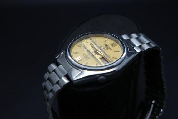 1970s Seiko Vintage Seiko 5 Automatic Day/Date Ge… - image 4
