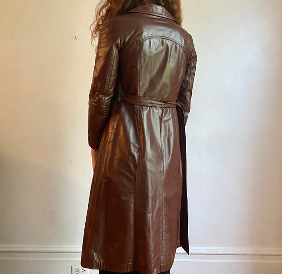 1970s brown leather trench coat - image 4