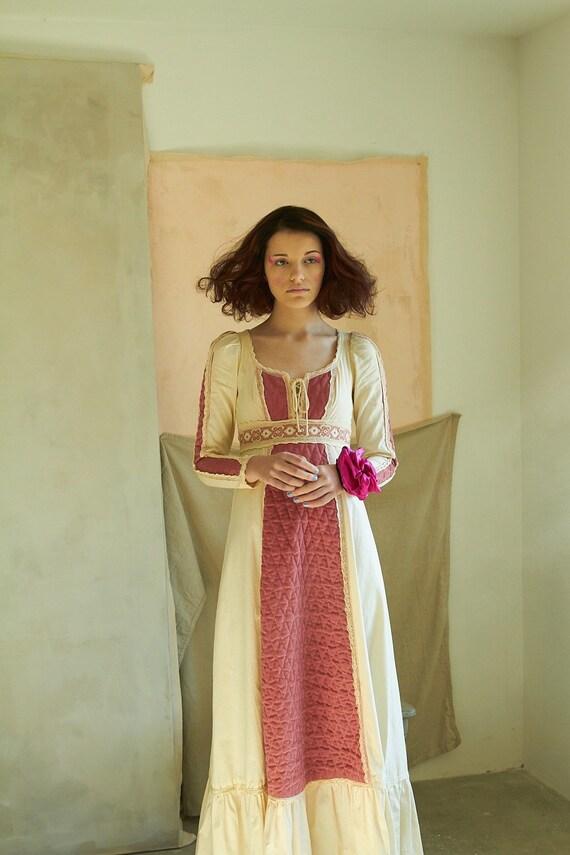 Vintage Gunne Sax Mauve Corduroy Dress - image 4
