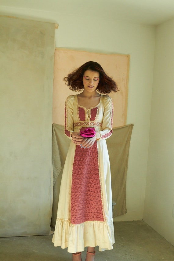 Vintage Gunne Sax Mauve Corduroy Dress - image 1