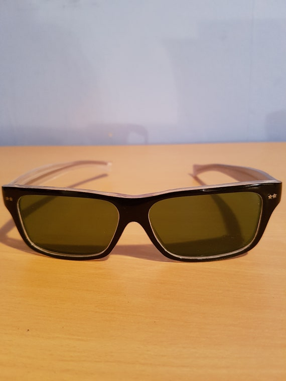 Sunglasses 40s