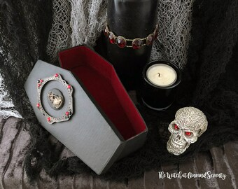 Victorian Lady Gothic Coffin Box, Black Coffin with Red Velvet Lining, Cardboard Coffin, Halloween Decoration, Gothic Home, Victorian Gothic