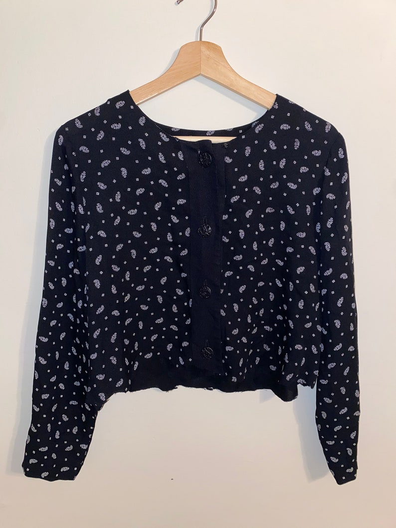 Boho crop long sleeve with buttons